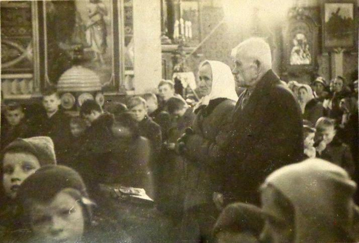 50-lecie małżeństwa w kościele w Sarnakach ok.